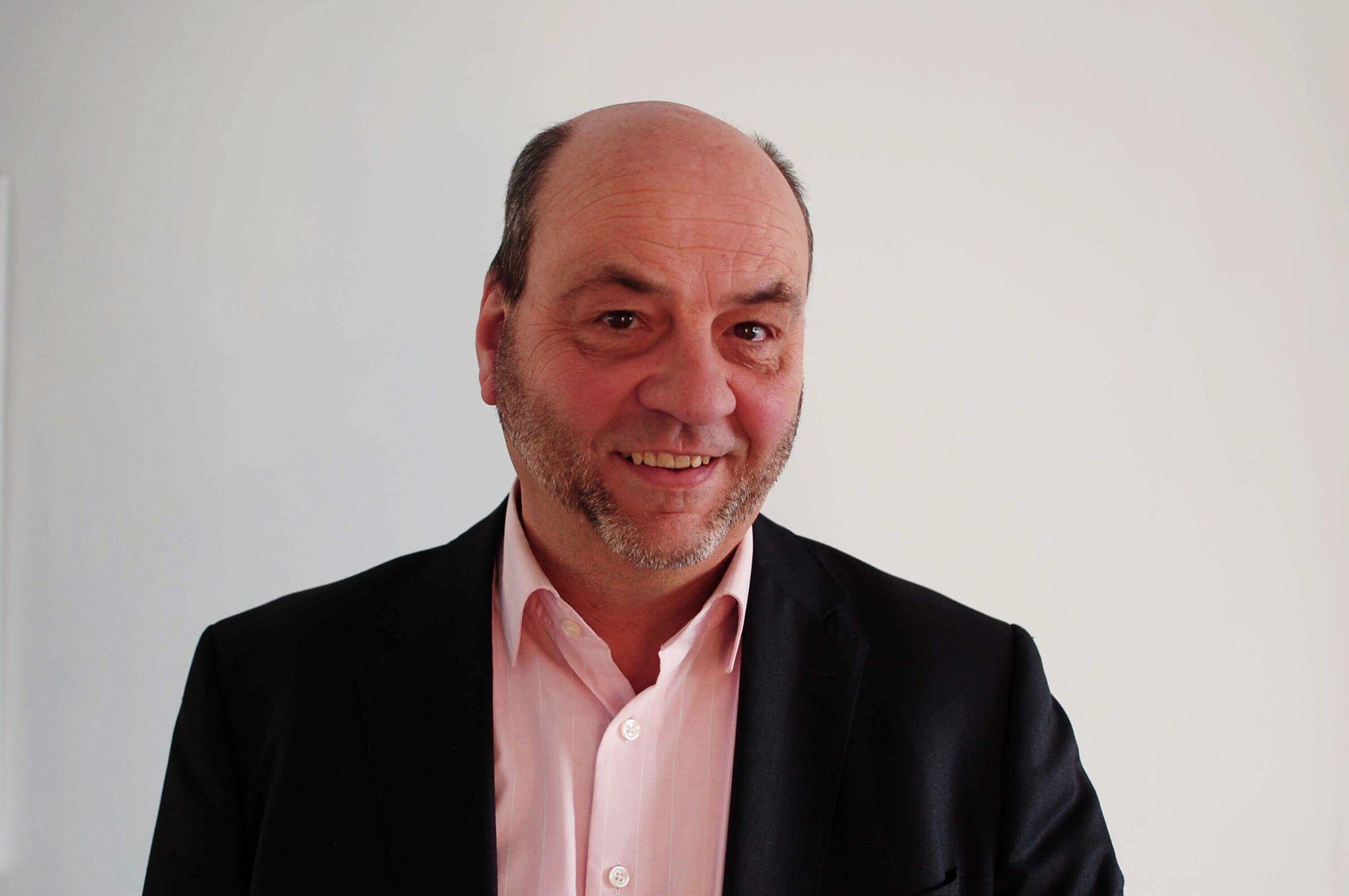 Tom van der Hoff - MKBedrijfsoverdrachten